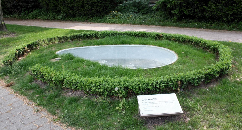 https://ka.stadtwiki.net/w/images/d/da/Denkmal-Juden-Ettlingen-1.jpg